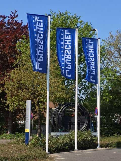 Vlaggen Schoonmaakbedrijf Best Eindhoven